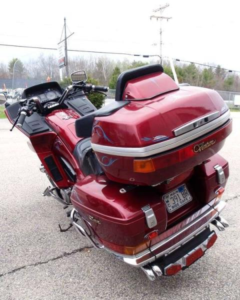1987 Yamaha XVZ13T Venture in Barrington, New Hampshire
