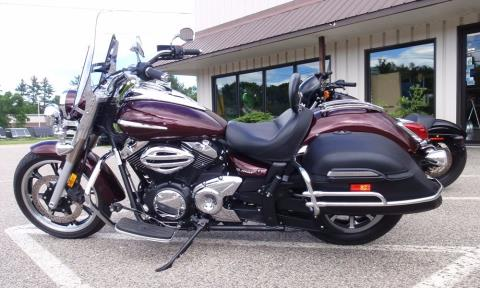2009 Yamaha V Star 950 Tourer in Barrington, New Hampshire