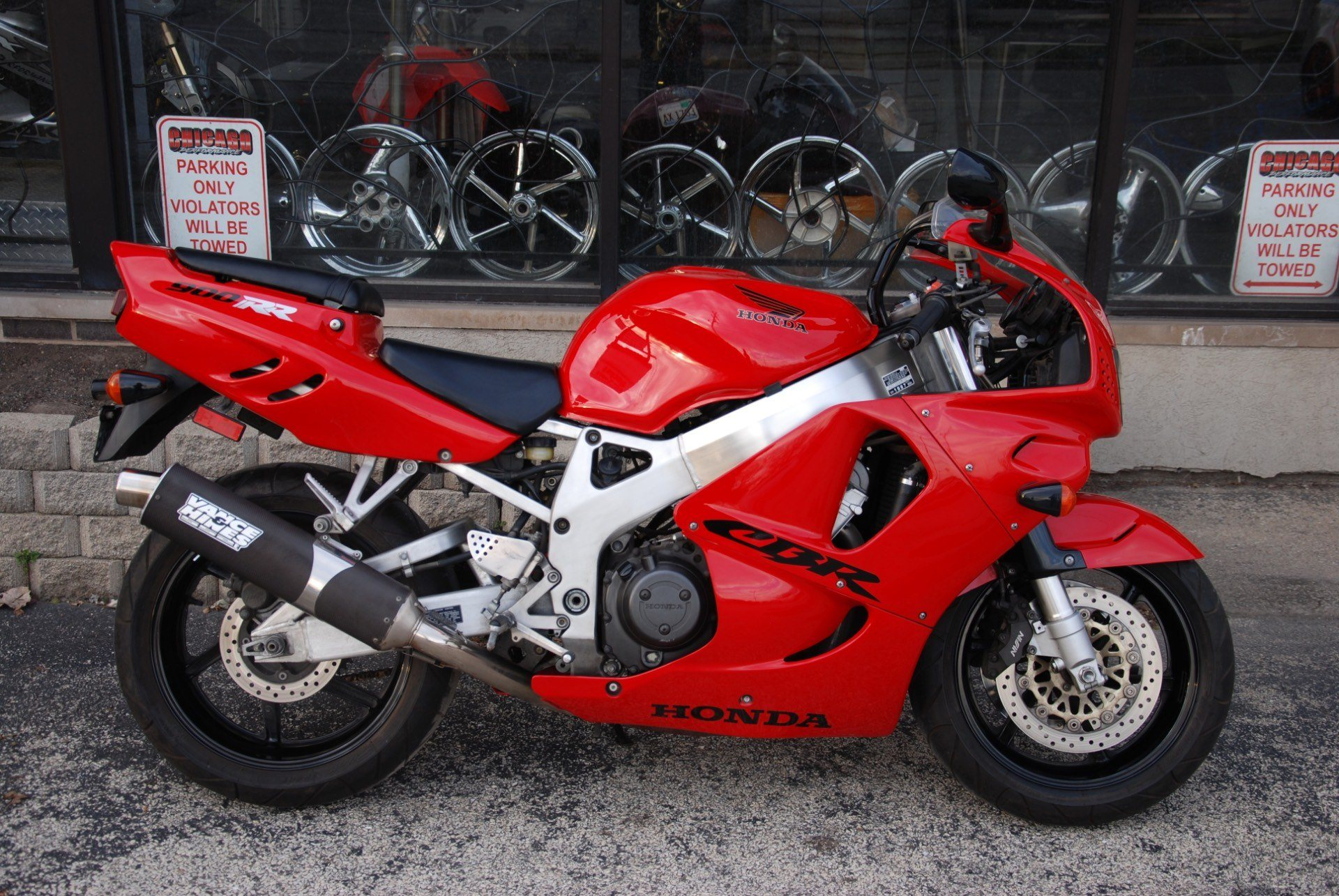 1997 Honda CBR900RR in Northlake, Illinois