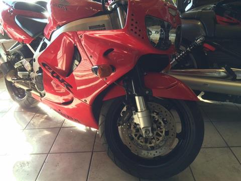 1997 Honda CBR900RR in Northlake, Illinois - Photo 2