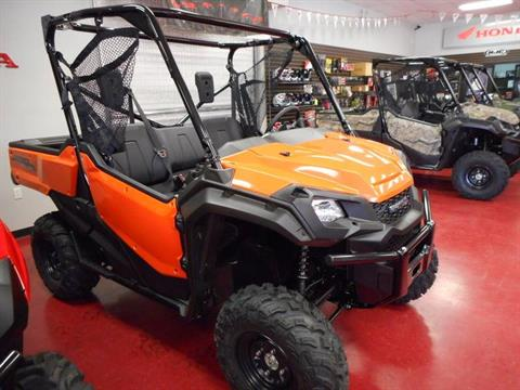 2016 Honda Pioneer 1000 EPS Orange (SXS1000M3P) in Lapeer, Michigan - Photo 2