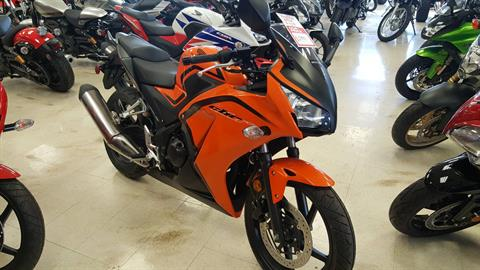 2016 Honda CBR300R in Phoenix, Arizona