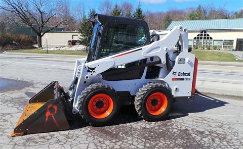 2016 Bobcat S530 in Maspeth, New York