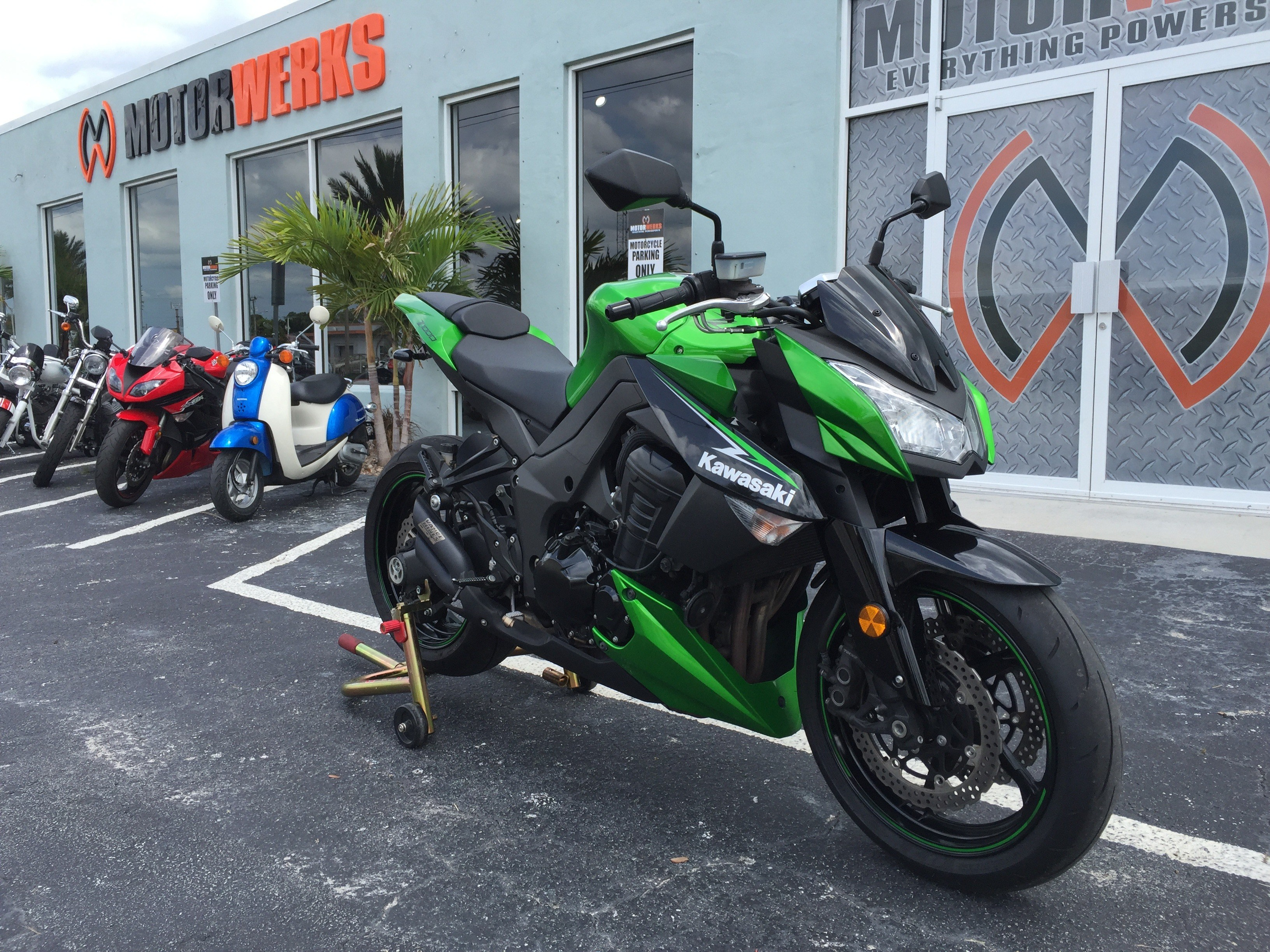 2013 Kawasaki Z1000 in Cocoa, Florida - Photo 2