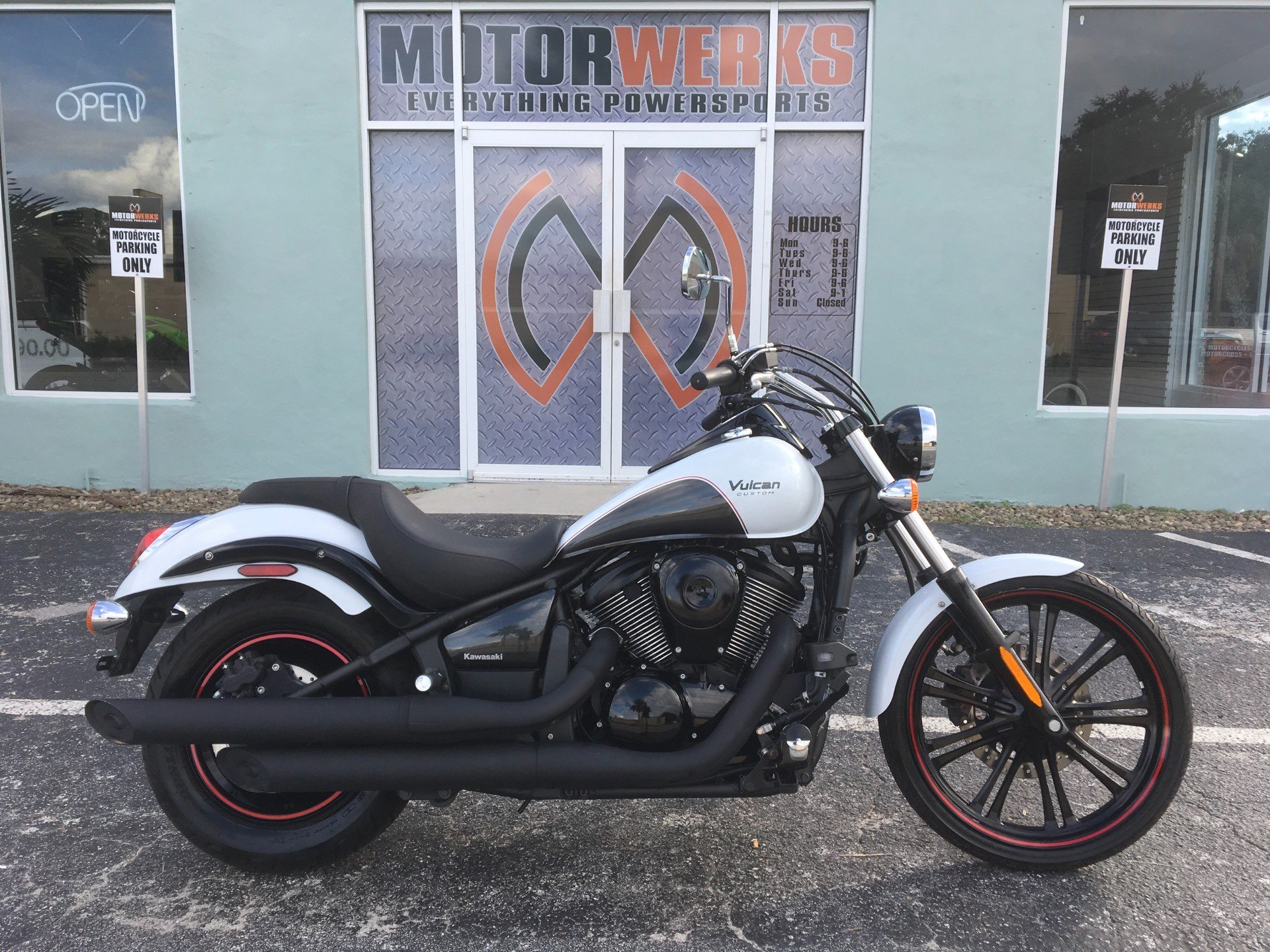 used 2016 kawasaki vulcan 900 custom motorcycles in cocoa fl white n a. Black Bedroom Furniture Sets. Home Design Ideas
