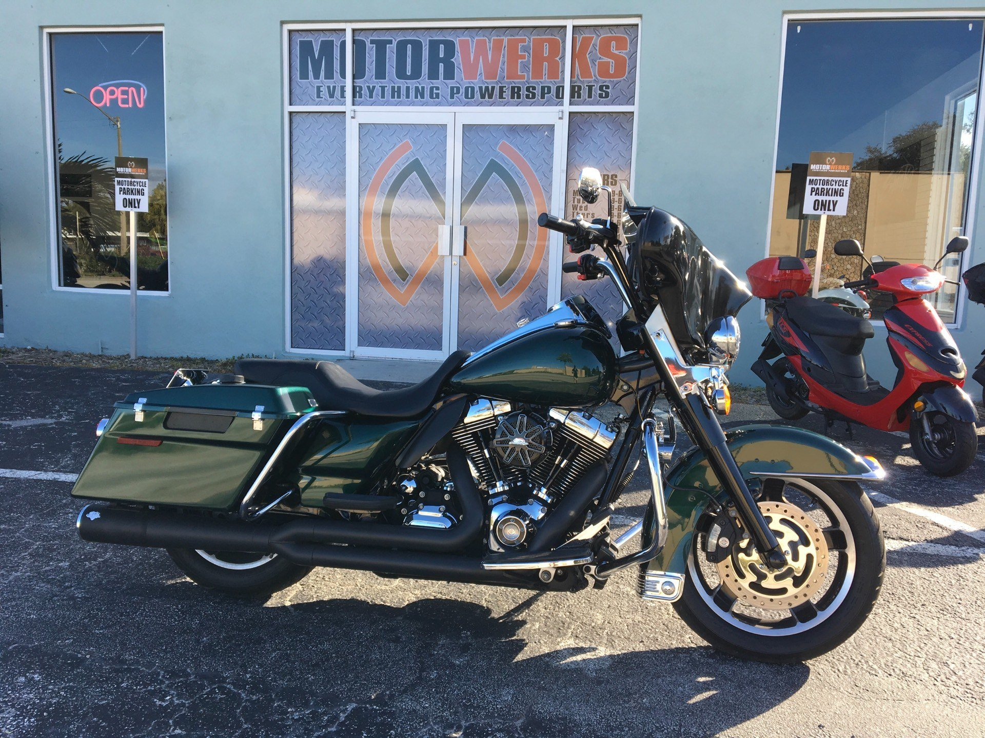 2012 Harley-Davidson Road King in Cocoa, Florida - Photo 1