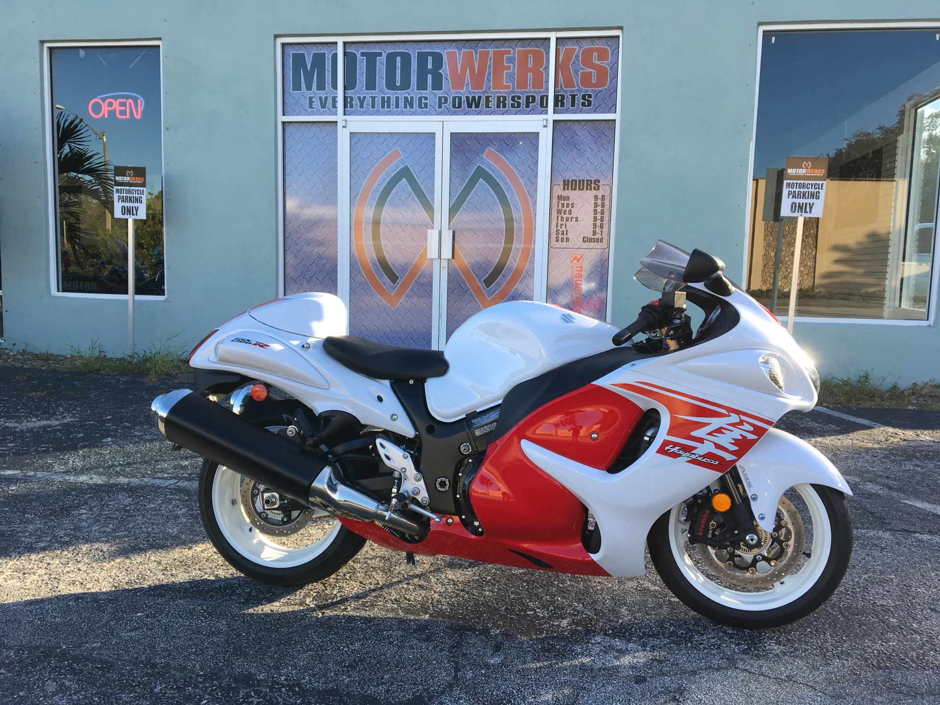 2018 SUZUKI  Hayabusa in Cocoa, Florida - Photo 1