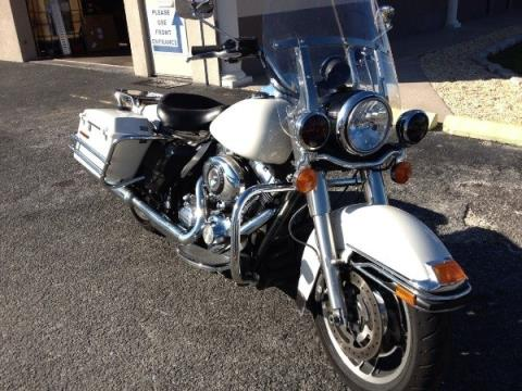 2010 Harley-Davidson ROAD KING in Cocoa, Florida - Photo 2