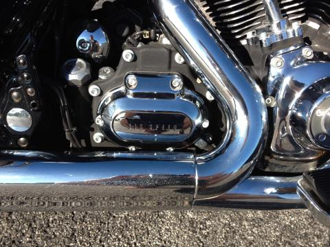 2010 Harley-Davidson ROAD KING in Cocoa, Florida - Photo 11