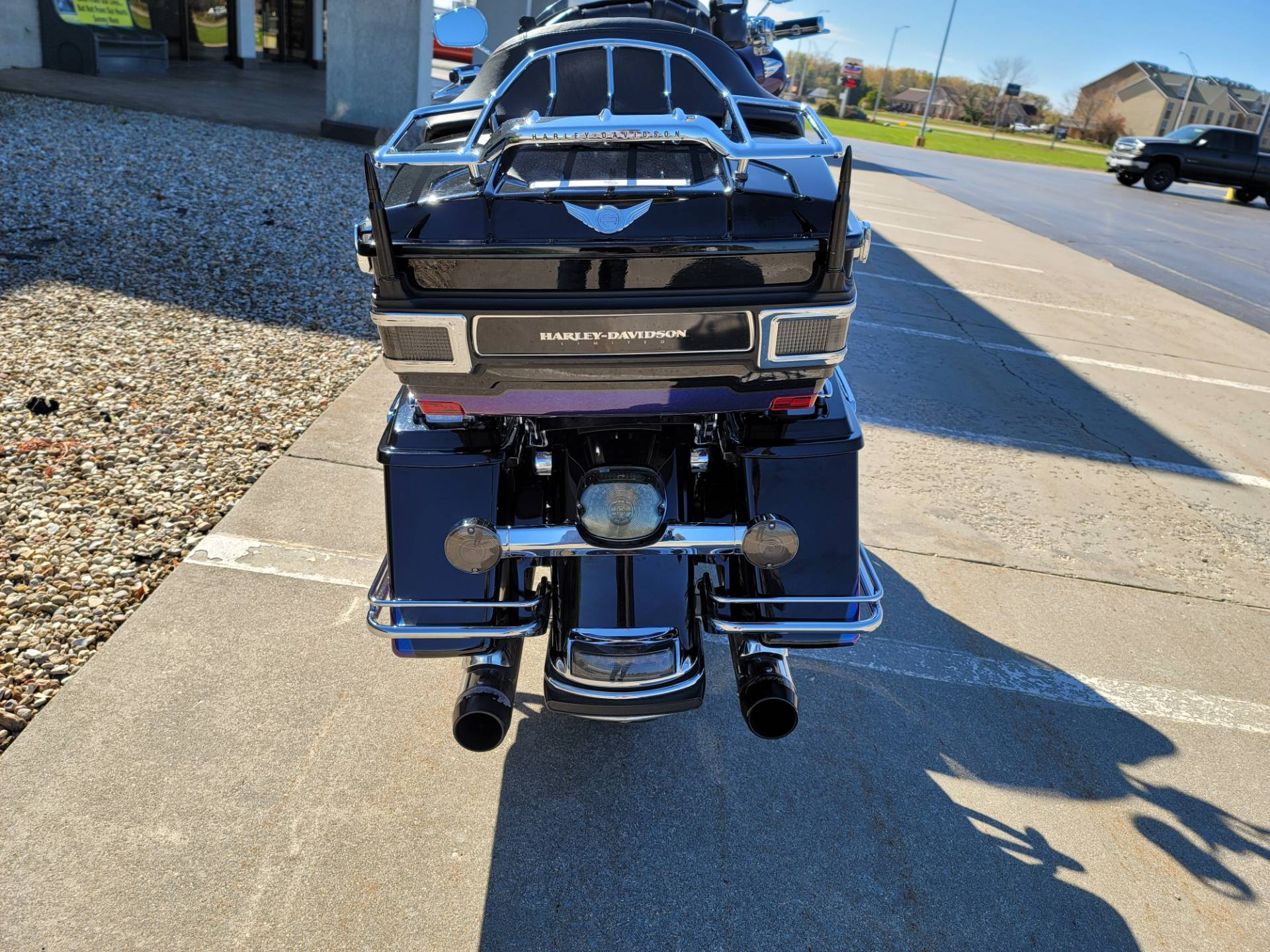 2010 Harley-Davidson Electra Glide® Ultra Limited in Rock Falls, Illinois - Photo 2