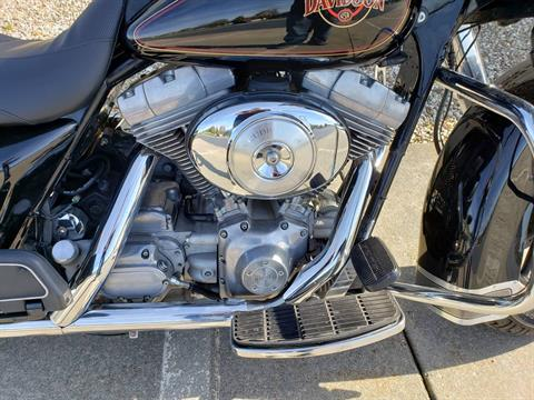 2001 Harley-Davidson FLHT Electra Glide® Standard in Rock Falls, Illinois - Photo 5