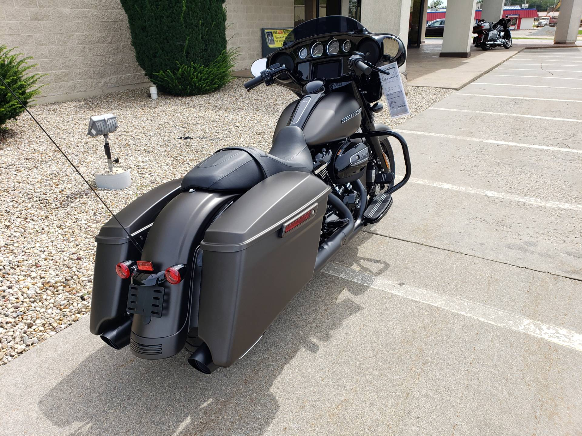 2020 Harley-Davidson Street Glide® Special in Rock Falls, Illinois - Photo 3