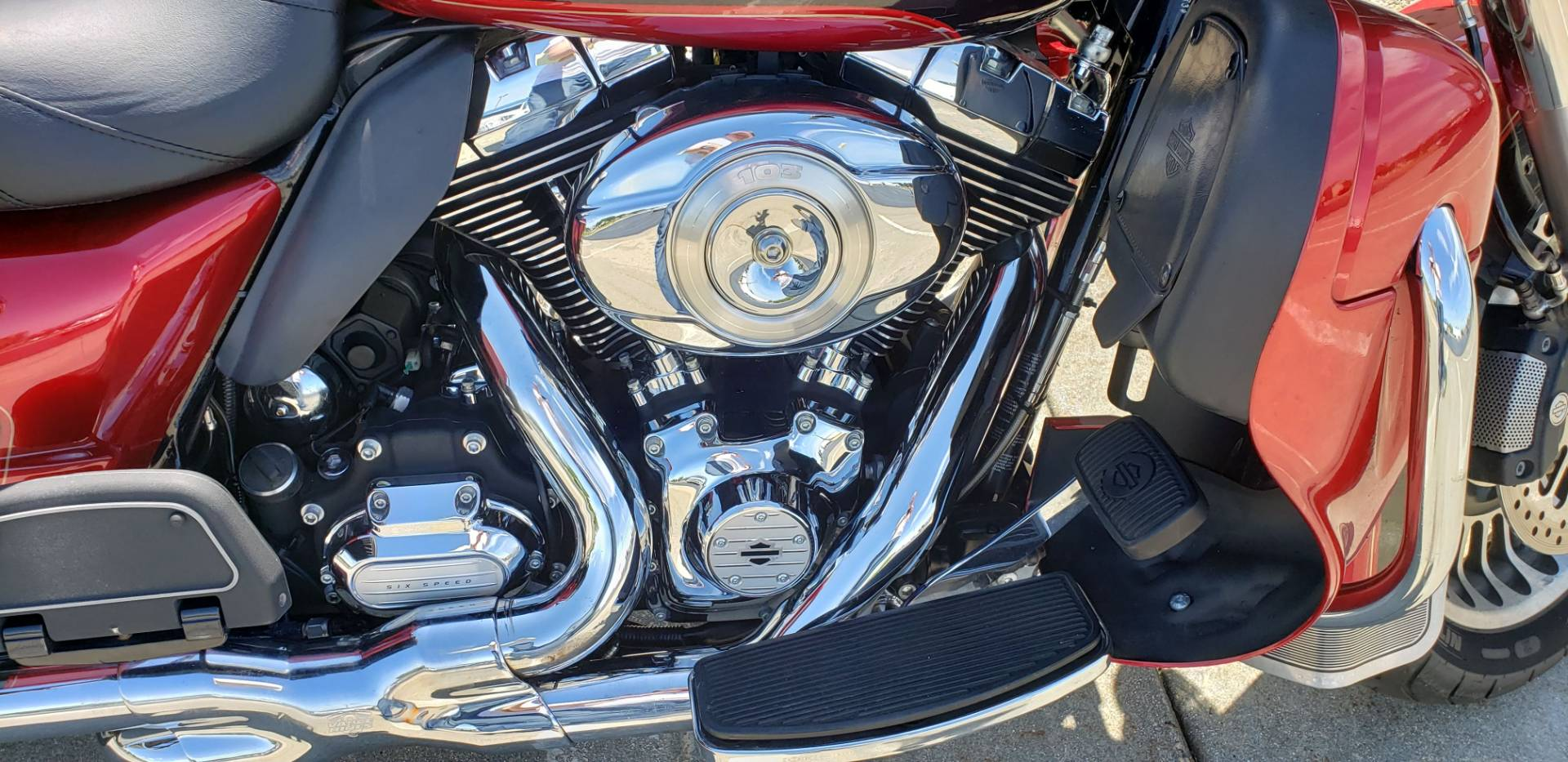 2012 Harley-Davidson Ultra Classic® Electra Glide® in Rock Falls, Illinois - Photo 6