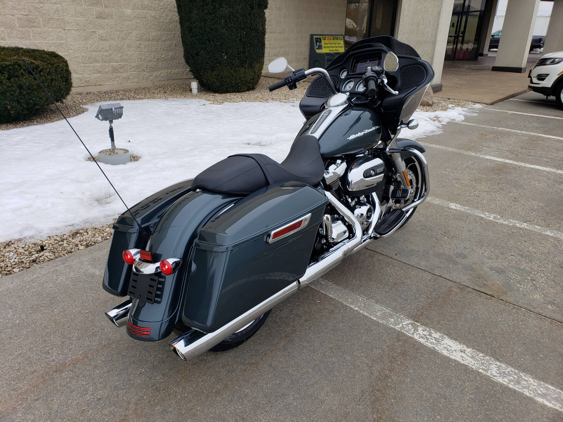 2020 Harley-Davidson Road Glide® in Rock Falls, Illinois - Photo 2