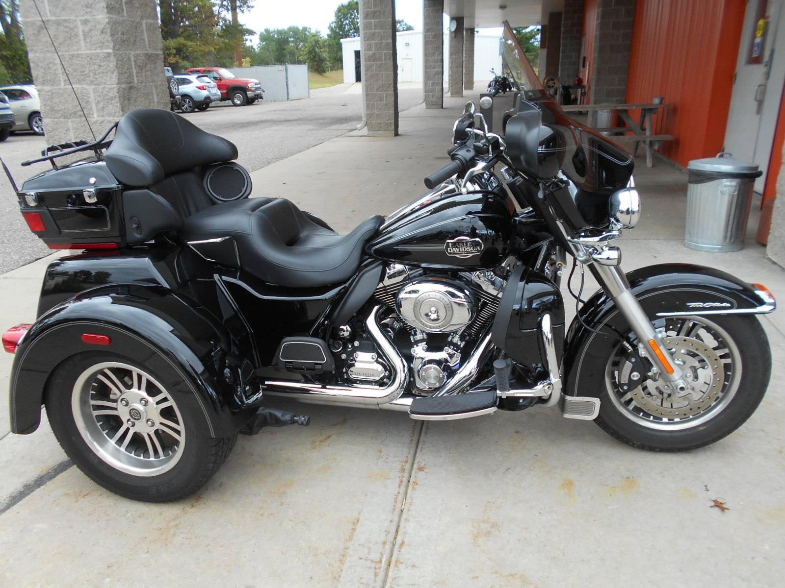 2013 Harley-Davidson Tri Glide® Ultra Classic® in Mauston, Wisconsin - Photo 1