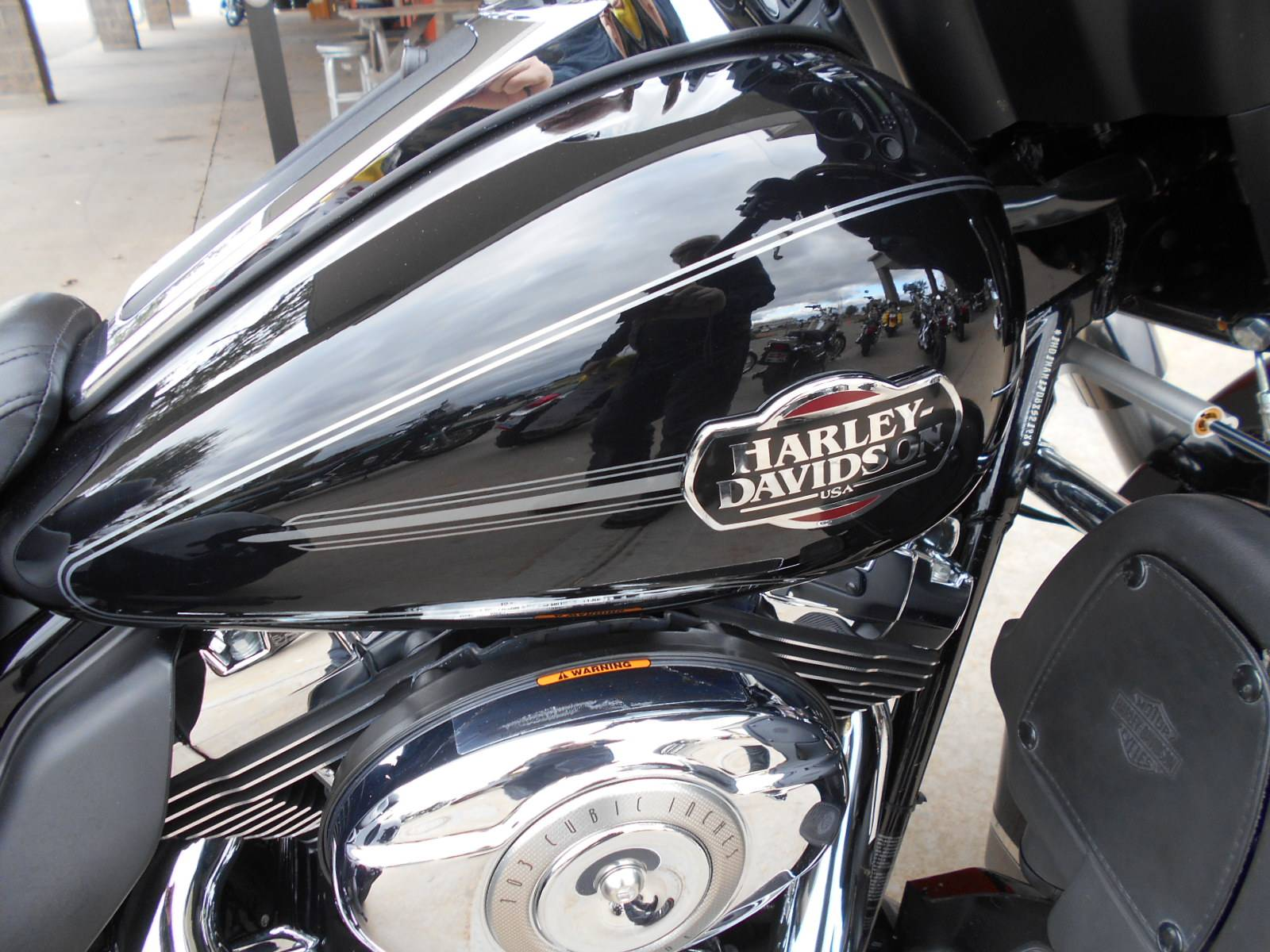 2013 Harley-Davidson Tri Glide® Ultra Classic® in Mauston, Wisconsin - Photo 2