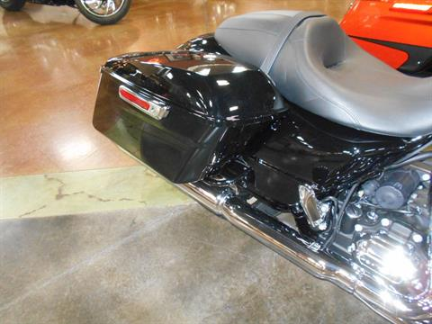 2020 Harley-Davidson Street Glide® in Mauston, Wisconsin - Photo 5