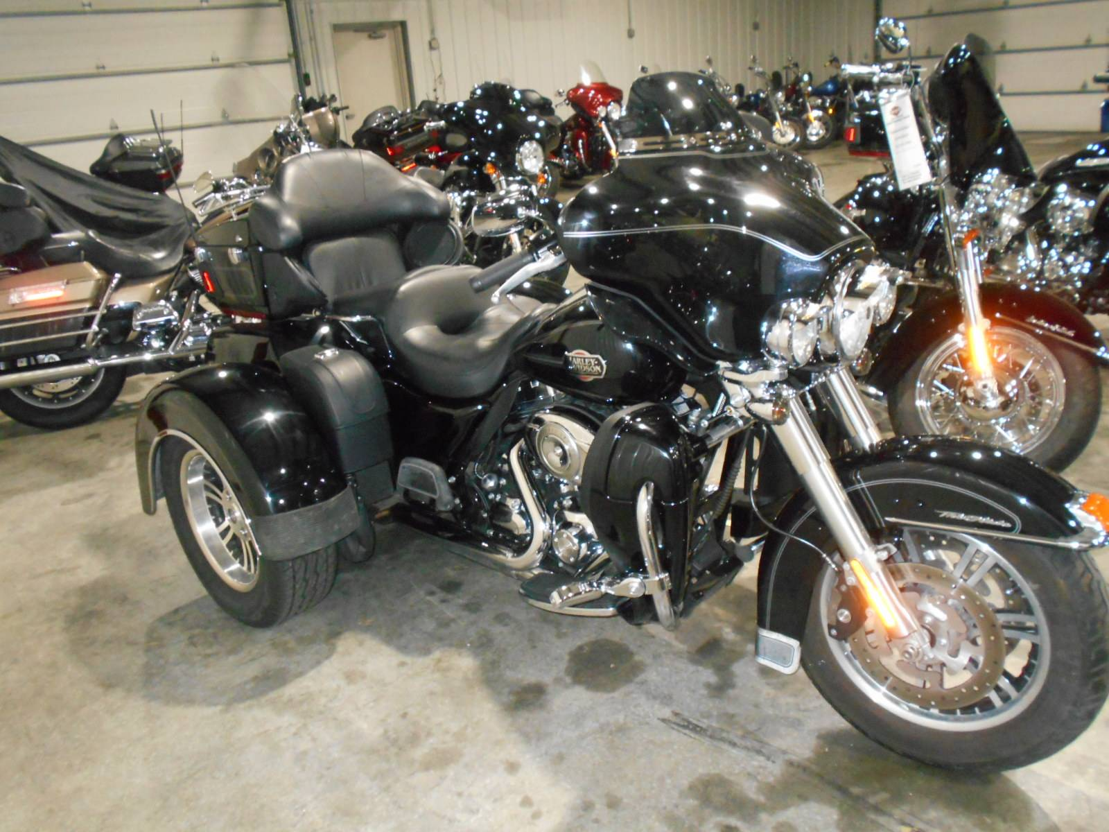 2010 Harley-Davidson Tri Glide™ Ultra Classic® in Mauston, Wisconsin - Photo 1