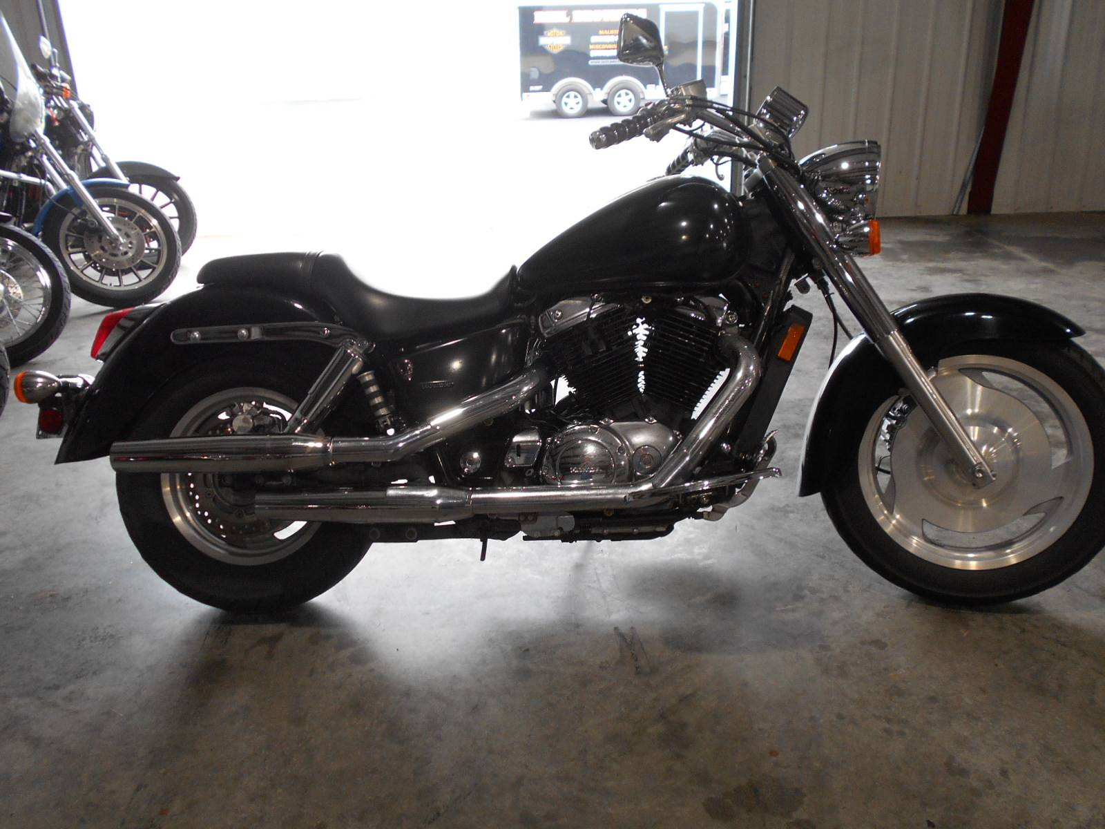 2006 Honda Shadow Sabre™ in Mauston, Wisconsin - Photo 1