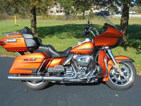 2019 Harley-Davidson Road Glide® Ultra in Mauston, Wisconsin - Photo 1