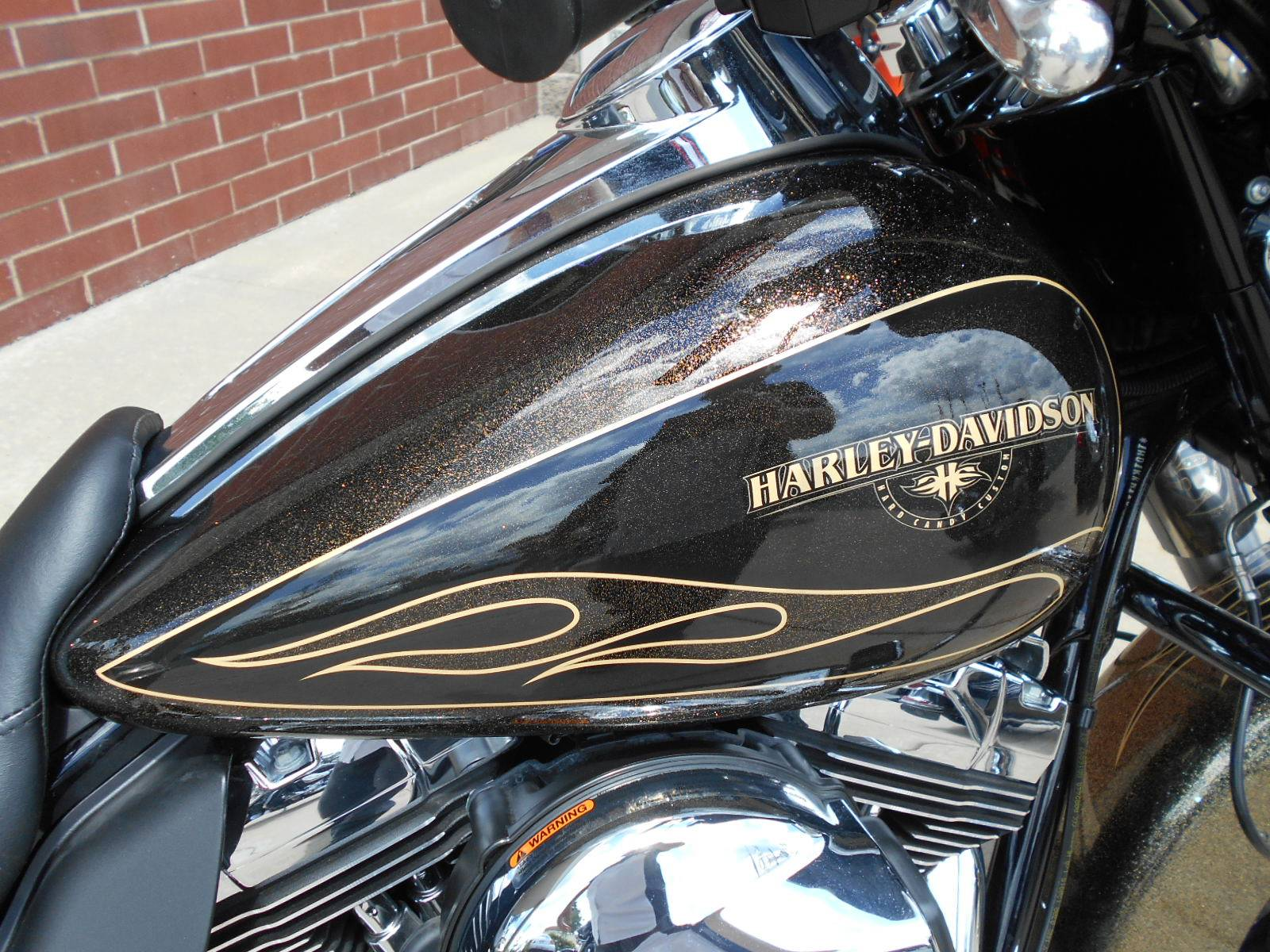 2016 Harley-Davidson Street Glide® Special in Mauston, Wisconsin - Photo 3