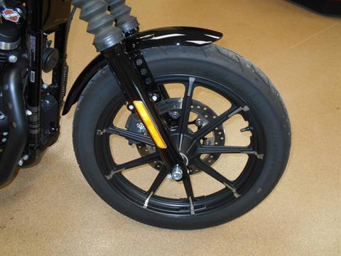 2017 Harley-Davidson Iron 883™ in Mauston, Wisconsin - Photo 4