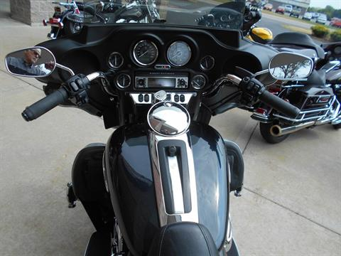 2012 Harley-Davidson Electra Glide® Ultra Limited in Mauston, Wisconsin - Photo 9