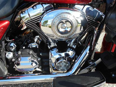 2007 Harley-Davidson Ultra Classic® Electra Glide® in Mauston, Wisconsin - Photo 5
