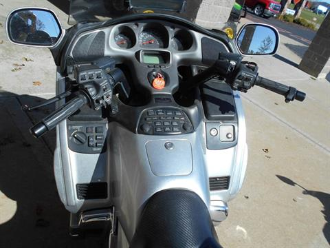 2005 Honda Gold Wing® in Mauston, Wisconsin - Photo 7