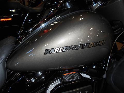2021 Harley-Davidson CVO™ Limited in Mauston, Wisconsin - Photo 2