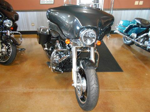 2009 Harley-Davidson Street Glide® in Mauston, Wisconsin - Photo 4