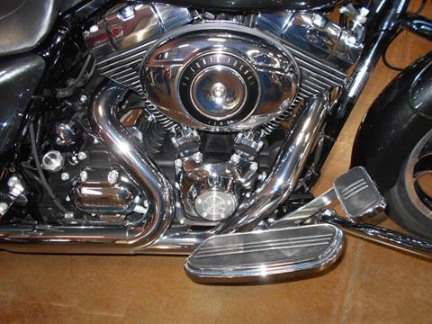 2009 Harley-Davidson Street Glide® in Mauston, Wisconsin - Photo 5