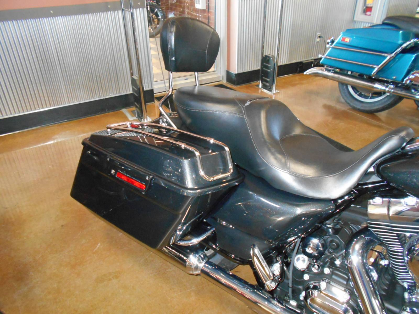 2009 Harley-Davidson Street Glide® in Mauston, Wisconsin - Photo 6