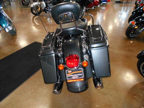 2009 Harley-Davidson Street Glide® in Mauston, Wisconsin - Photo 7