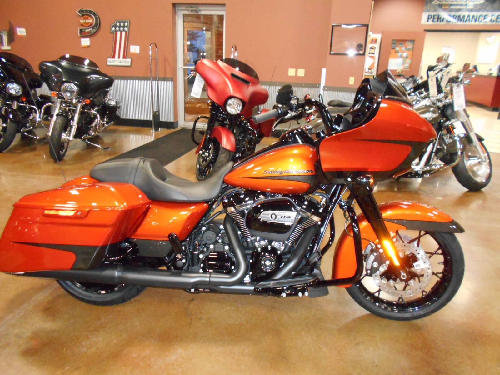 2020 Harley-Davidson Road Glide® Special in Mauston, Wisconsin - Photo 1