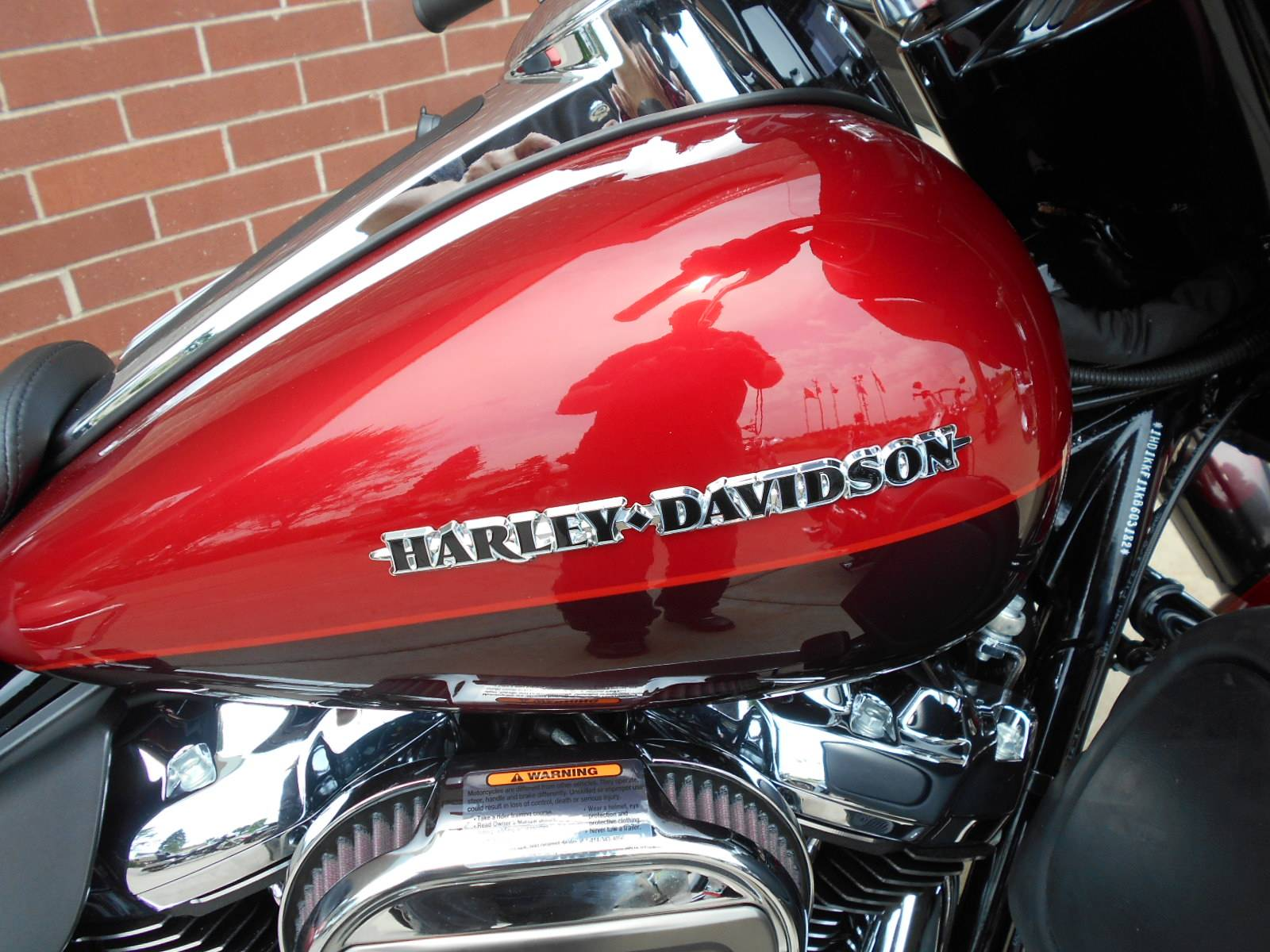 2019 Harley-Davidson Ultra Limited Low in Mauston, Wisconsin - Photo 2