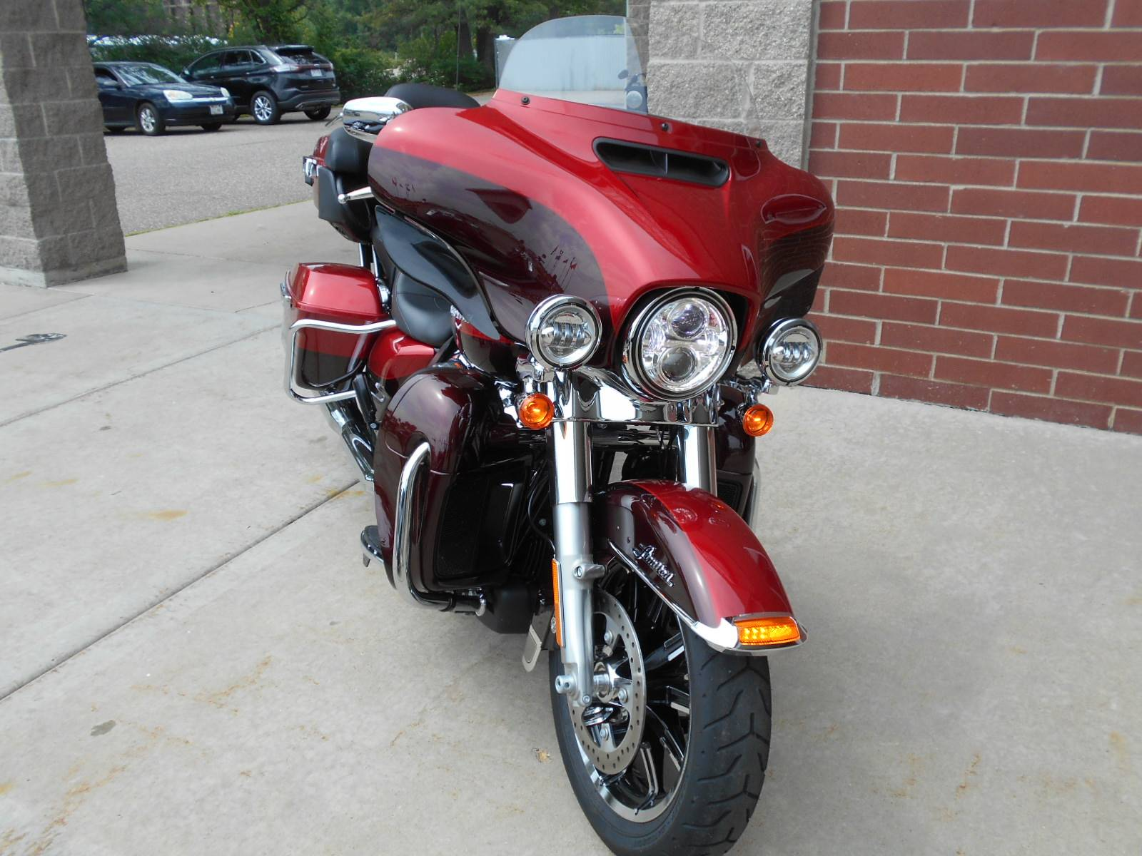 2019 Harley-Davidson Ultra Limited Low in Mauston, Wisconsin - Photo 4