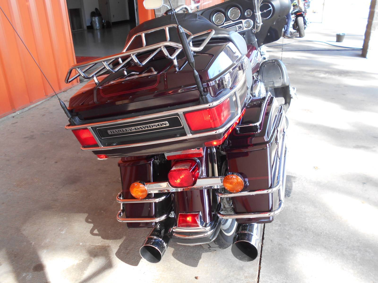 2006 Harley-Davidson Ultra Classic® Electra Glide® in Mauston, Wisconsin - Photo 7