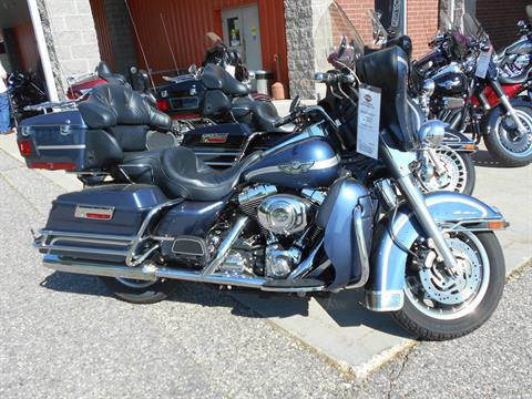 2003 Harley-Davidson FLHTCUI Ultra Classic® Electra Glide® in Mauston, Wisconsin - Photo 1