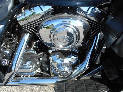 2003 Harley-Davidson FLHTCUI Ultra Classic® Electra Glide® in Mauston, Wisconsin - Photo 5