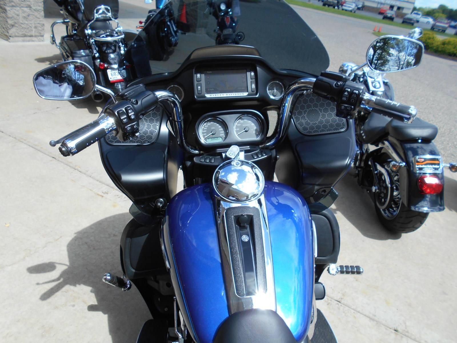 2016 Harley-Davidson Road Glide® Ultra in Mauston, Wisconsin