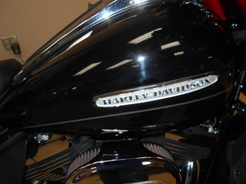 2013 Harley-Davidson Electra Glide® Ultra Limited in Mauston, Wisconsin - Photo 2