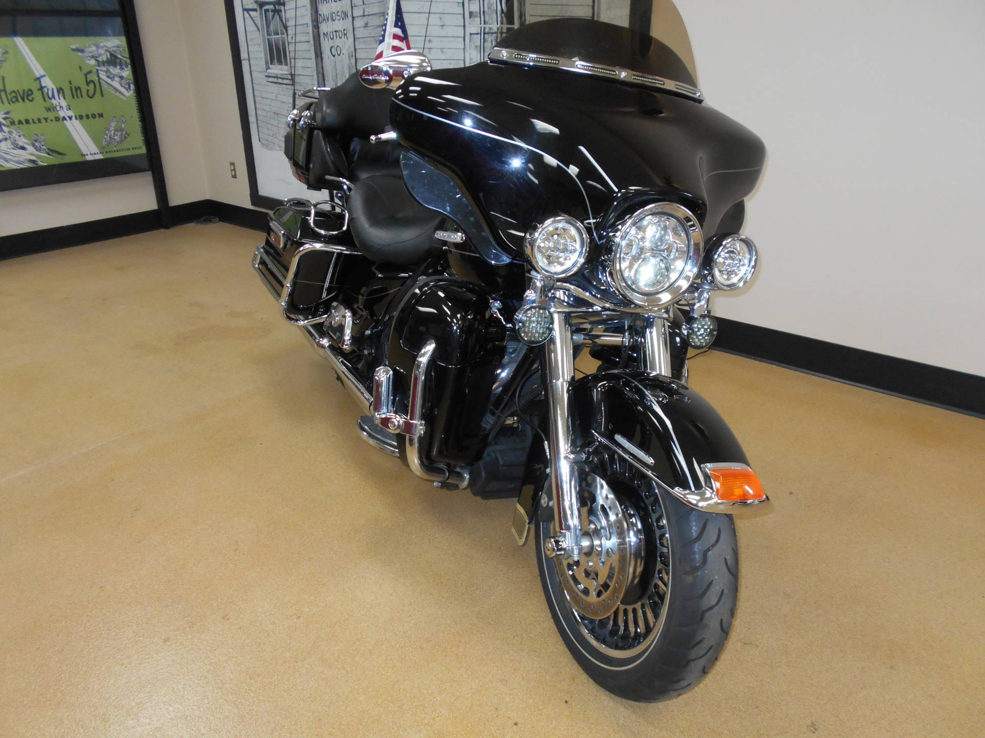 2013 Harley-Davidson Electra Glide® Ultra Limited in Mauston, Wisconsin - Photo 4