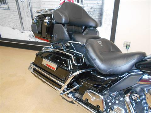 2013 Harley-Davidson Electra Glide® Ultra Limited in Mauston, Wisconsin - Photo 6