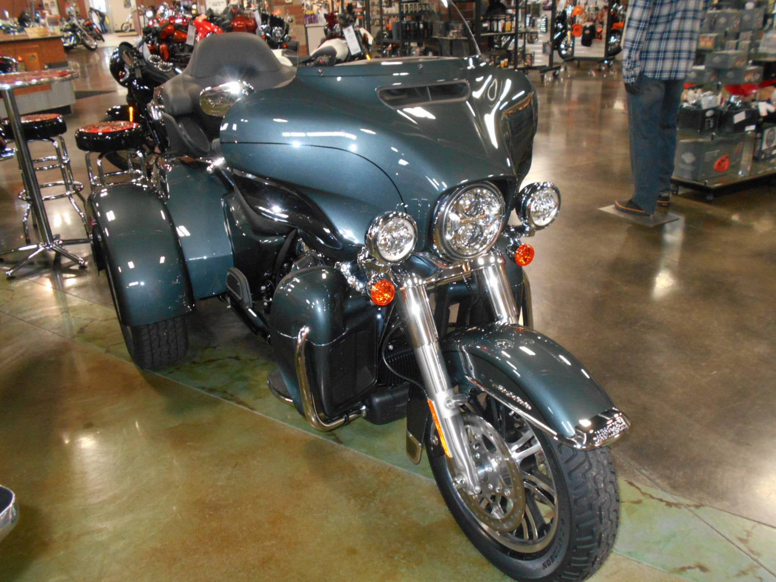 2020 Harley-Davidson Tri Glide® Ultra in Mauston, Wisconsin - Photo 5