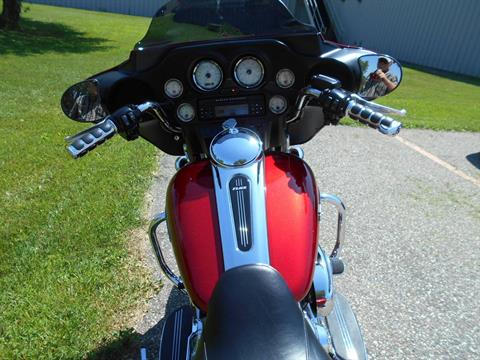 2012 Harley-Davidson Street Glide® in Mauston, Wisconsin - Photo 8