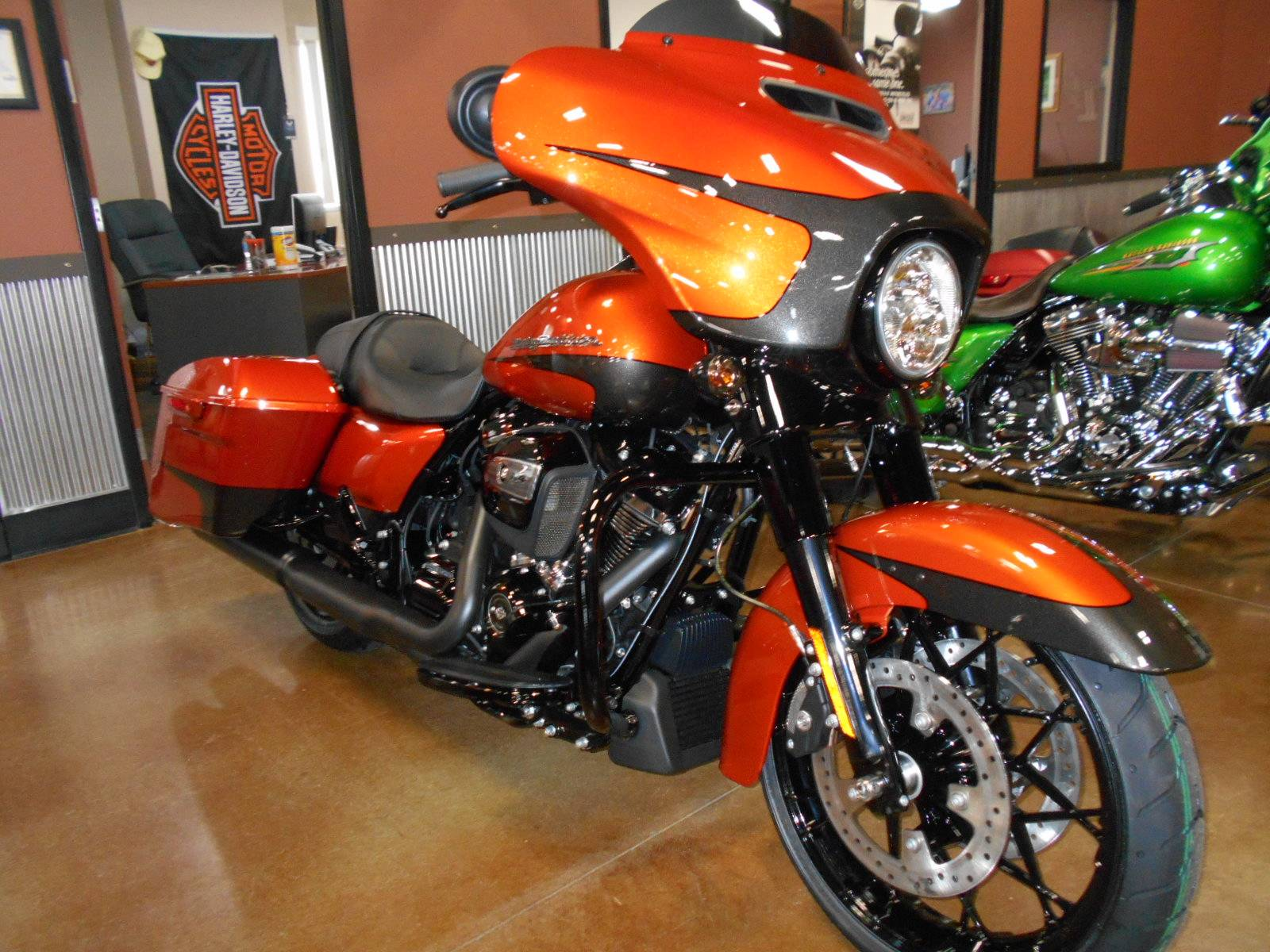 2020 Harley-Davidson Street Glide® Special in Mauston, Wisconsin - Photo 5