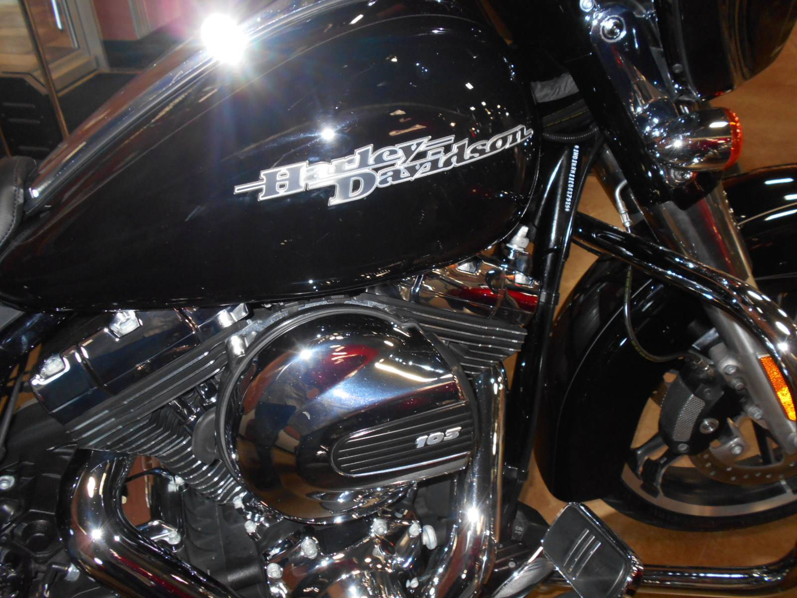 2014 Harley-Davidson Street Glide® Special in Mauston, Wisconsin - Photo 5