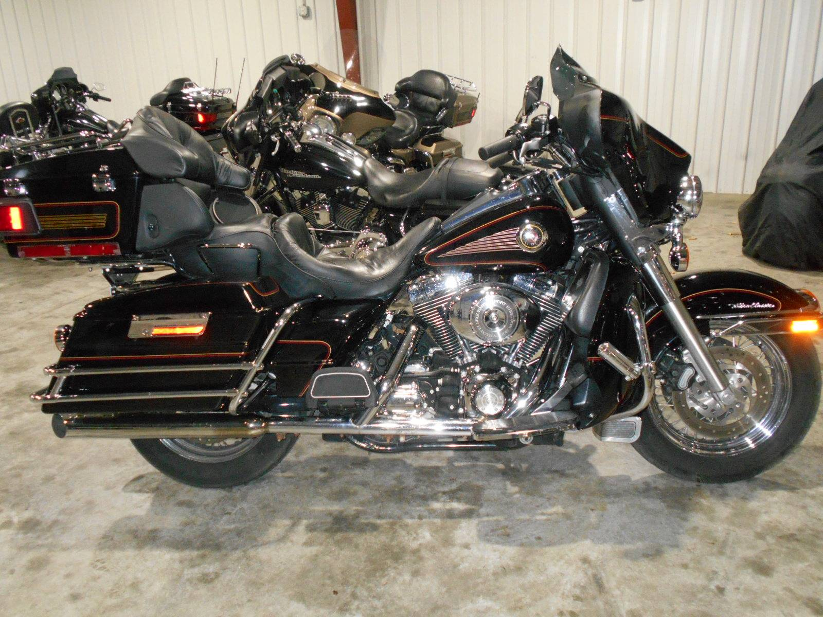 2002 Harley-Davidson FLHTCUI Ultra Classic® Electra Glide® in Mauston, Wisconsin - Photo 1