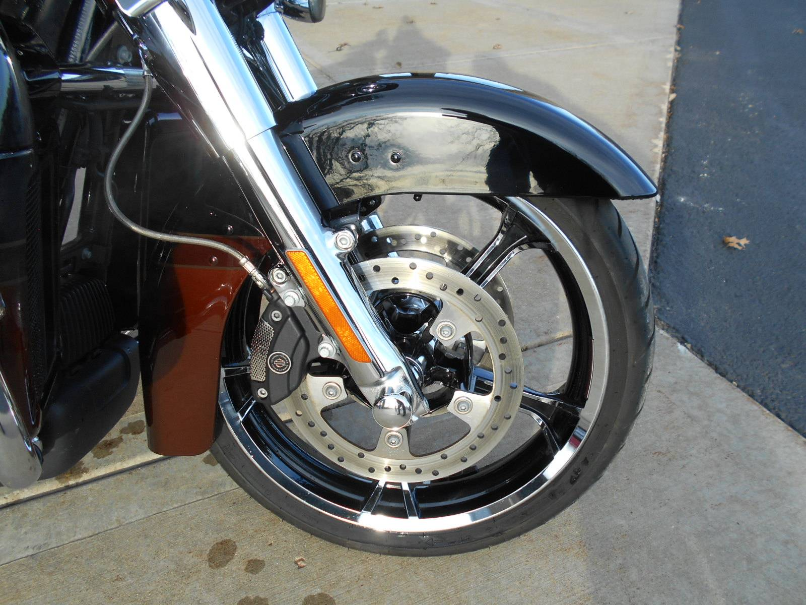2019 Harley-Davidson CVO™ Limited in Mauston, Wisconsin - Photo 3